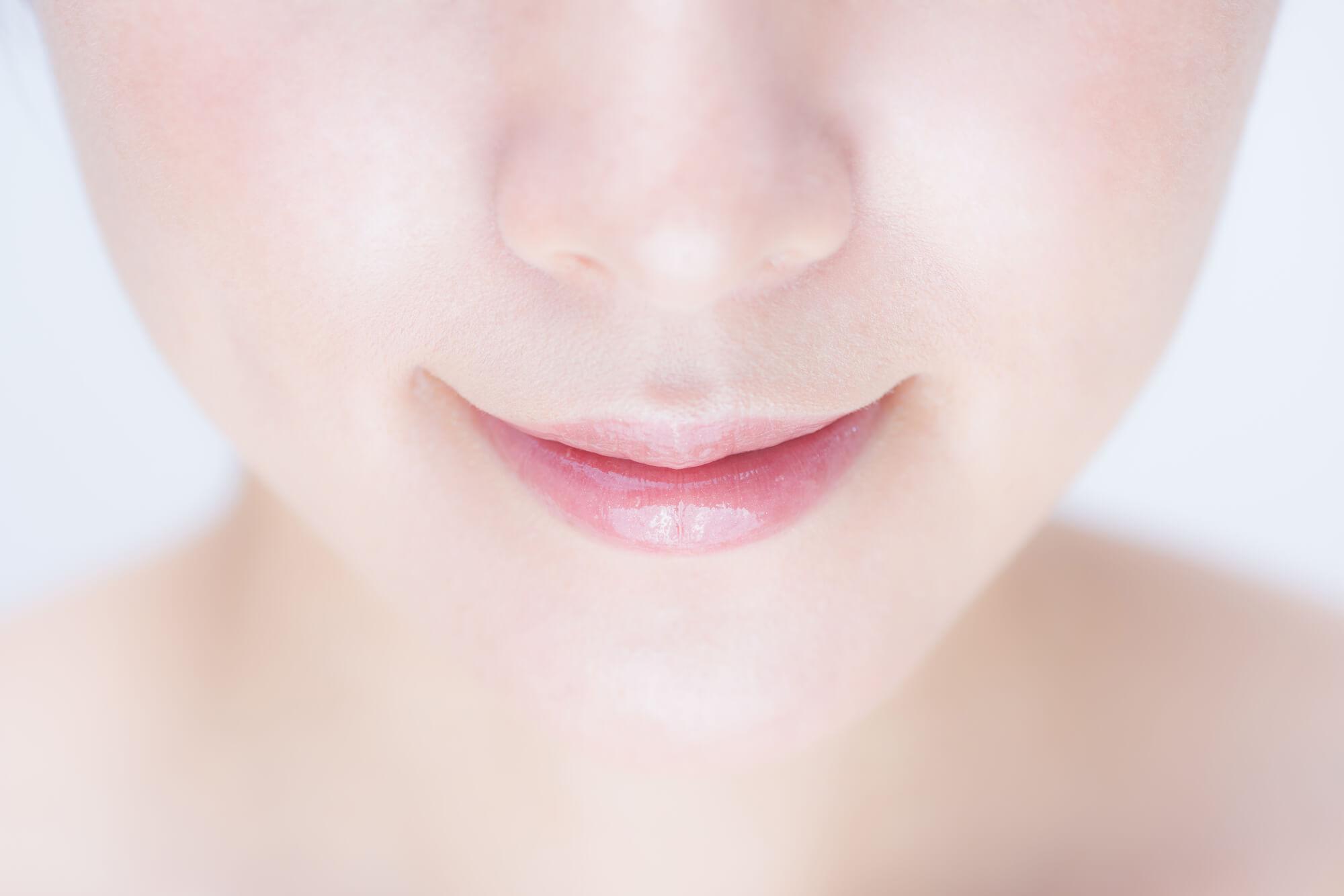 唇のくすみ・黒ずみのセルフケア方法