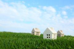 住宅ローンを組む時に火災保険の加入は必須?金額や相場は?