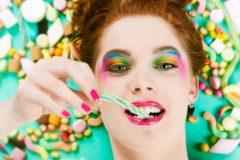 甘くて美味しいものはやっぱり虫歯の原因に…。その理由と対策方法