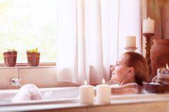 紅茶風呂で冷えた身体をあっためて、むくんだ体をスッキリBODYに!