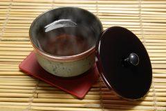むくみ改善にはどんなお茶を飲んだらいいの?むくみ解消に役立つお茶10選