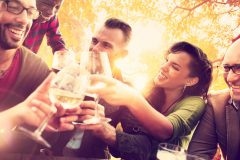 付き合いもあるし、お酒はやめられない!ダイエット中に気をつけたいお酒の飲み方は?
