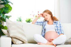 妊娠初期・妊娠中・産後の抜け毛がひどい・・・何か対策はないの?