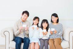 キャッシュカード非一体型や家族カードが持てるデビットカードは便利?