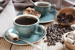 むくみの原因がカフェイン?大好きなコーヒをむくみ予防の味方にするためには?