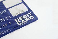 デビットカードにも利用限度額はある?使いすぎないために設定しよう