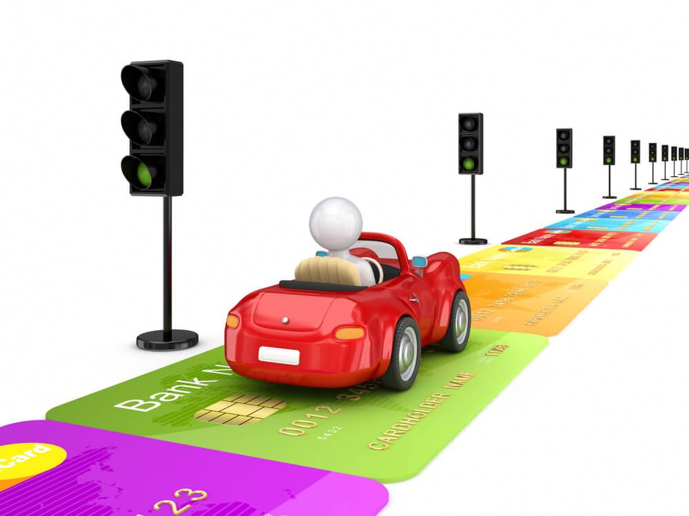デビットカードで使えるカーシェアリングはあるの?利用方法や注意点