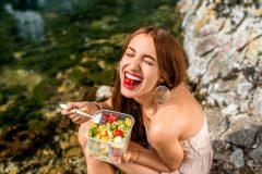 生理の悩みは食事で解決できる!悩み別のオススメな食べ物