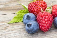 PMS・生理痛に効果を発揮!4つのフルーツで楽になろう♡