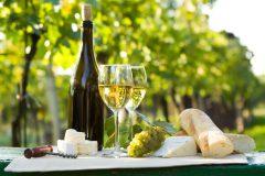 赤ワインより白ワインが便秘にいい!?その理由と飲み方のポイントは?