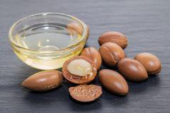 見た目年齢に大きく影響する肌や髪の状態をより美しくできる「アルガンオイル」の優れた効果