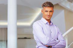50代~60代の男性肌にはシミやシワが!エイジングケア化粧品を紹介