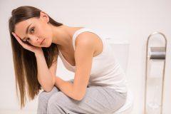 つわりで辛くてお腹の調子も悪い。妊娠初期の下痢や腹痛の原因は?