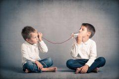 ネイティブの日常英会話例文!!talk・tell・speak・say「言う・話す」の違いと使い分け