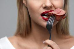 食事を見直してワキガ(腋臭)対策を!においを抑えてくれる食べ物って??