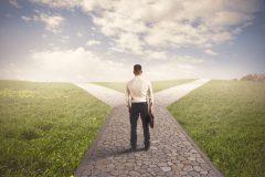 大企業から中小企業への転職は慎重に!メリット・デメリットを比較