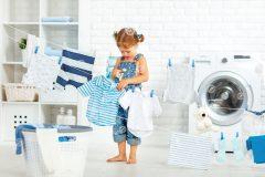 服についた不快なニオイを取りたい!それなら洗濯方法を変えるだけ?