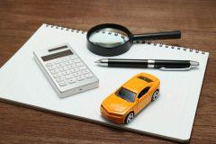 大手の車買取店を徹底比較!年間実績や店舗数は?販売や中小との違い