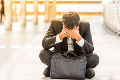 大事な財布を落として見つかる確率は?紛失した時のリスクと対処法