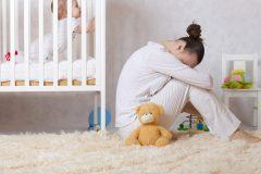 出産後の気分の落ち込みはマタニティブルー?産後うつとの違いはあるの?