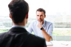 転職面接の対策!よく聞かれる質問と、回答例を抑えておこう!
