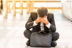 大事な財布を落としてショック・・・紛失した時のリスクと対処法