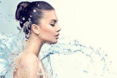 ブースター化粧水はニキビケアにも使える?おすすめの導入液を紹介!