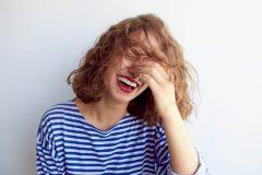 「イソラコン」は中高年女性に人気!高品質のイソフラボンサプリの口コミは?