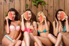 夏の日焼け肌や地黒肌でも脱毛できるの?おすすめサロンやクリニックも紹介