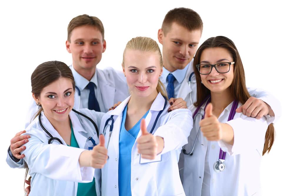 看護師転職サイトの利用をおすすめする理由