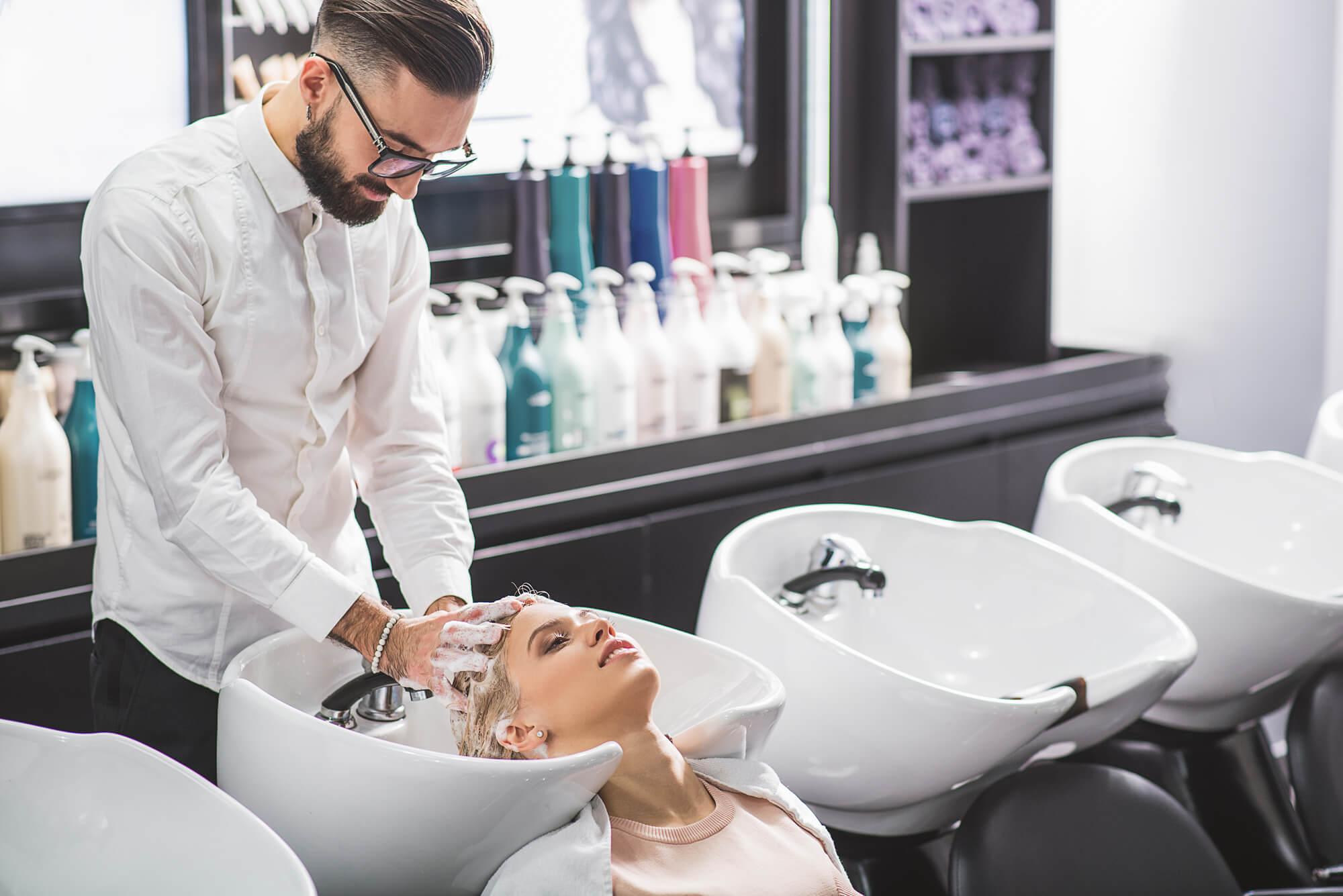 簡単に薄毛や抜け毛を予防、改善できる方法はシャンプー!