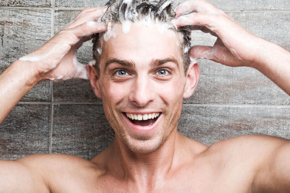 髪や頭皮に悩む男性におすすめ!人気のシャンプー10選!