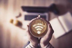 急なメールを送りたい!大阪・本町で電源やWi-Fiが使えるカフェ5選