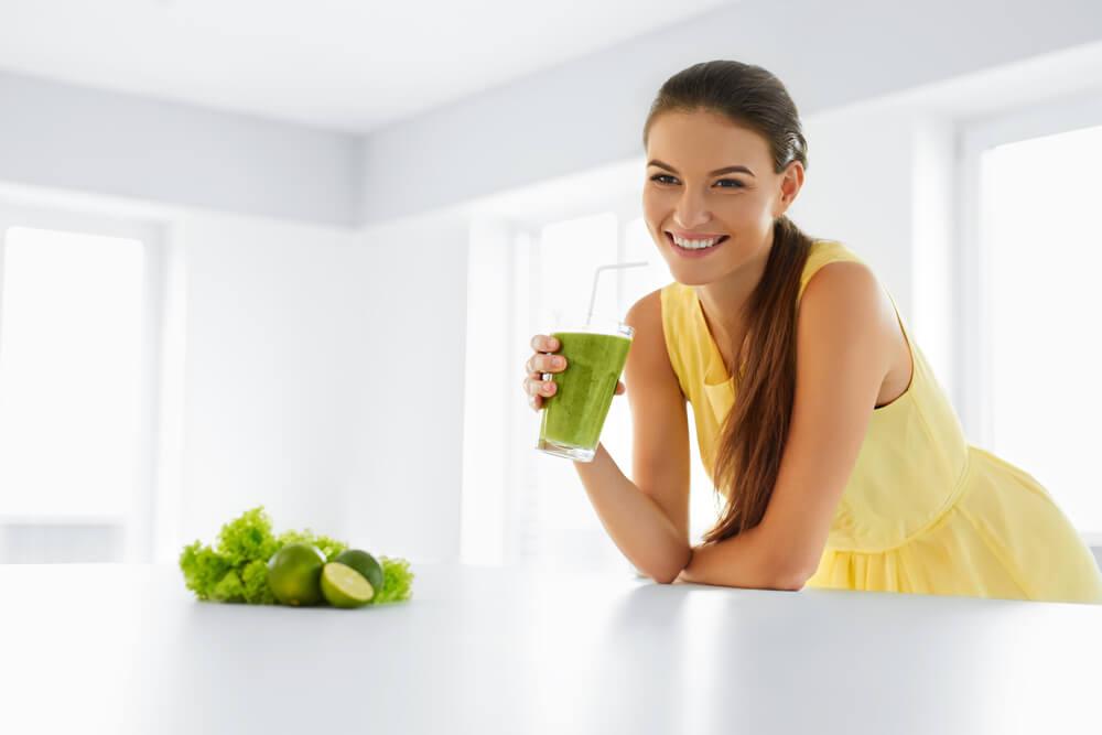青汁は野菜の代わりになるの?野菜不足を青汁で補うメリットを紹介