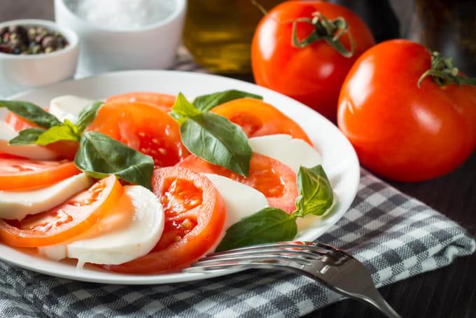 トマトとチーズのカプレーゼ