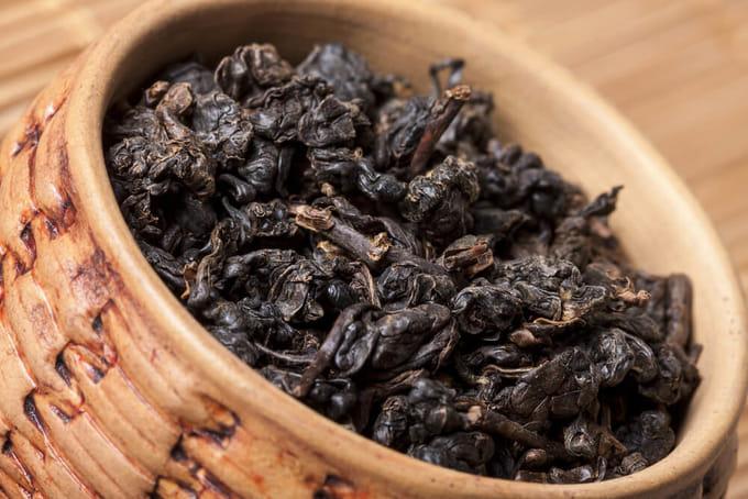 黒烏龍茶とは?どんな栄養成分が含まれている?