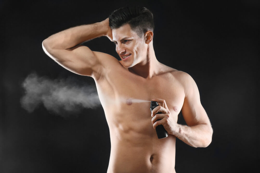 プロテインを飲み過ぎると体臭がきつくなる?