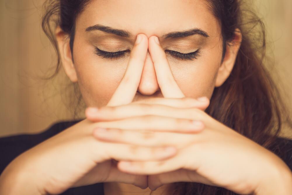 鼻の中にワセリンを塗るときの注意点