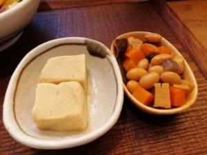高野豆腐とお豆の煮物